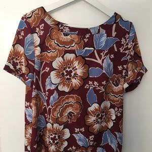 LOFT short sleeved blouse